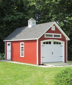 Love the siding type as well as the layout of this Kloter Farms customer's 12' x 24' Manor Cape Garage.