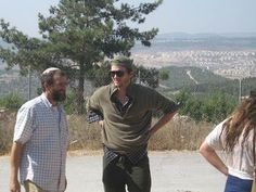 From The Muqata Blog: Ashton Kutcher took a tour in the Judean city of Efrat in the Gush Etzion region while in Israel looking for a new office.  Welcome, Ashton!
