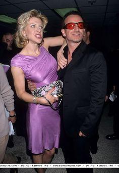 Bono and Courtney Love #u2newsactualite #u2newsactualitepinterest #bono #theedge #larrymullen #adamclayton #u2 #music #rock #courtneylove
