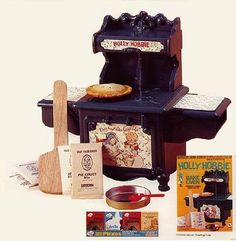 Holly Hobbie Oven: I had this too! It was awesome!