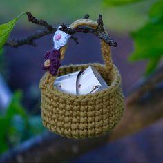 Korg som passer til kosedyr fra 13-30 cm Wicker Baskets, Pattern, Home Decor, Model, Homemade Home Decor, Patterns, Decoration Home, Woven Baskets, Interior Decorating