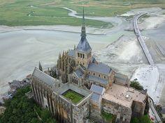 ✈️ Mont-Saint-Michel (Manche-FR) | par levaletfrancois