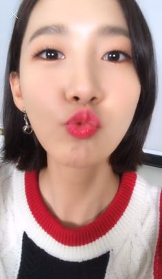 Im Yoona Ummuach Kim Hyoyeon, Yoona Snsd, Sooyoung, Kpop Girl Groups, Kpop Girls, Im Yoon Ah, Kwon Yuri, Girls Generation, Asian Beauty