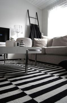 MONOCHROME HOME - Black & white decor