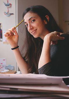 Marta Altés es una ilustradora de Barcelona que vive en Londres y se pasa el día dibujando y escribiendo historias. Para saber más:http://www.martaltes.com/About