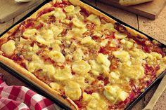 Pizza di patate e cipolle