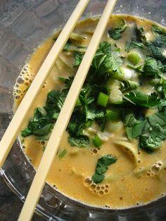 Katia au pays des merveilles: Soupe thaïlandaise épicée aux nouilles / Spicy thai curry noodle soup