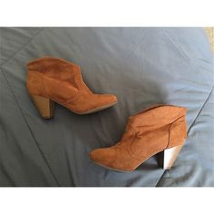 Brown booties Size 7 Size 7. I'm a 6.5 and they fit perfect too :) Shoes Ankle Boots & Booties