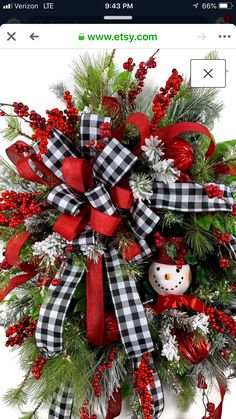 Seasonal Door Wreaths, How-to Videos, Rolls of Ribbon! by LadybugWreaths Christmas Front Doors, Christmas Door Wreaths, Christmas Swags, Holiday Wreaths, Christmas Holidays, Christmas Ornaments, Burlap Christmas, Primitive Christmas, Christmas Christmas