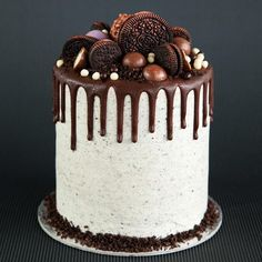 Dreaming of these flavours today! Custom chocolate malt cake with Oreo cream cheese frosting.