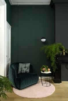 Fantastic home decor diy info are offered on our internet site. Take a look and you wont be sorry you did. Fantastic home decor diy info are offered on our internet site. Take a look and you wont be sorry you did. Interior Design Living Room, Living Room Designs, Living Room Decor, Bedroom Decor, Green Rooms, Bedroom Green, Dark Green Living Room, Dark Interiors, Colorful Interiors