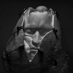 A chiunque tu faccia un ritratto, ritrarrai sempre te stesso. @jago.artist - Memoria di sé - 2015 marmo statuario #jago #jagoart #jagoartist #jagosculpture #art #arte #artist #artwork #artecontemporanea #contemporaryart #artgallery #artmuseum #memoriadisé #sculpture #scultura #marble