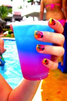 Such a cute idea...beachy. i wann know what thdis drink isss