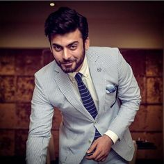 Why he is so handsome 😱😱😍😍💖💖 Bollywood Actors, Bollywood Celebrities, Mens Fashion Suits, Fashion Outfits, Men's Fashion, Indian Star, How To Look Handsome, Dapper Gentleman, Men Looks