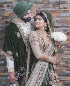 Punjabi bride and groom photography of Indian Sikh wedding Indian Wedding Pictures, Indian Wedding Poses, Indian Wedding Photography, Indian Bridal, Indian Weddings, Pink Weddings, Photography Couples, Sikh Wedding Dress, Couple Wedding Dress