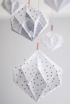 #DIY #Paper #diamond www.kidsdinge.com https://www.facebook.com/pages/kidsdingecom-Origineel-speelgoed-hebbedingen-voor-hippe-kids/160122710686387?ref=hl