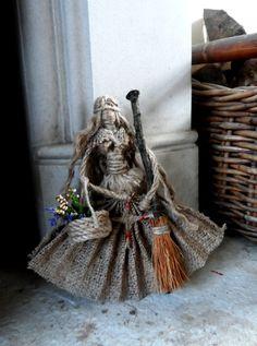 Handgemachte Hedge Hexe Birgit Göttin Puppe mit St. Brigid es Kreuz. Samhain, Yule, Prädestination / Hause Segen Geschenk.