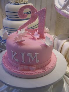 Pictures of 21st birthday cakes for girl - Bing Images