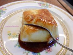 #Cremecaramel furbo Dessert Sauces, Dessert Recipes, Panna Cotta, Italian Pastries, Nutella Cookies, Cold Desserts, Little Cakes, International Recipes, Sweet Recipes