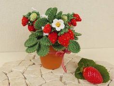 Häkelanleitung Erdbeerpflanze bei Makerist