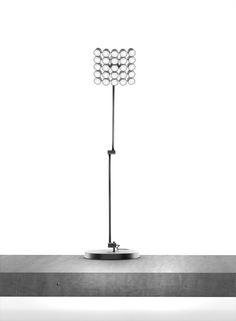 michael samoriz: projector LED table lamp