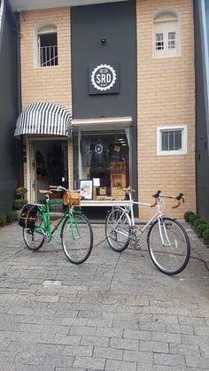 Bike, Outdoor Decor, Home Decor, Bicycles, Bicycle, Decoration Home, Room Decor, Home Interior Design, Home Decoration