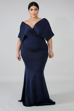 Style Description This elegance glam maxi dress features, a stretchy fabric, off shoulder v-neckline, elegant pleated touch on top, finished with a back zipper closure. Model is wearing a Polyester Spandex Hand wash cold water Do not bleach Plus Size Formal Dresses, Bridesmaid Dresses Plus Size, Evening Dresses Plus Size, Evening Gowns, Curvy Outfits, Plus Size Outfits, Curvy Dress, Plus Size Girls, Women's Fashion Dresses