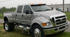 Ford Extreme Pick Up Truck My wife wants this to go get groceries - Today Pin F650 Trucks, Jacked Up Trucks, Cool Trucks, Big Trucks, Cool Cars, Ford F650, Custom Truck Parts, Custom Pickup Trucks, Pick Up