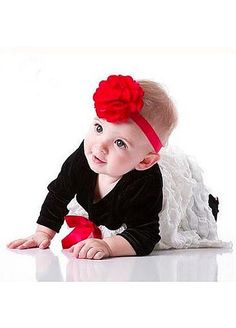Eye-catching Baby Headband with Flower  Fabric  Red  http://fr.dressilyme.com/p-eye-catching-baby-headband-with-flower-fabric-red-41282.html