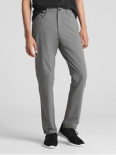 Gap Men's Hybrid Khakis In Slim Fit With Gapflex New Shadow Deal Sale, Back Patch, Mens Activewear, Parachute Pants, Classic Style, Perfect Fit, Gap, Active Wear, Sweatpants