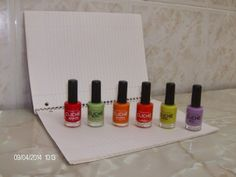 Verniz e unha!: Trabalho de casa: pintar as unhas...
