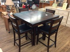 Kitchen table with 4 chairs!