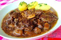 Hovězí plátky na houbách | NejRecept.cz Modern Food, Ground Meat, Pork, Dessert Recipes, Food And Drink, Cooking Recipes, Vegetarian, Beef, Ground Beef