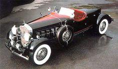 1930 Cadillac V16 Roadster by Pininfarina. (Ye gods, V16!)