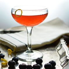 Blueberry Maple Szerac by simplesasonal via wholeyum:The Sazerac cocktail, a New Orleans native, takes on a Keystone State flair in this late summer rendition of the famous classic. #Cocktail #Szerac #Blueberry