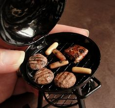 Remarkably Realistic 1:12 Scale Food Miniatures Made out of Clay