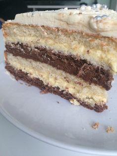 Happy Schoko - Vanille - Torte, ein sehr schönes Rezept aus der Kategorie Torten. Bewertungen: 68. Durchschnitt: Ø 4,6.