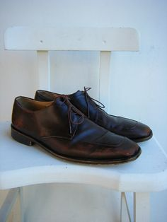 Vintage Men's Brown Leather Dress Shoes - Distressed - Made in Italy