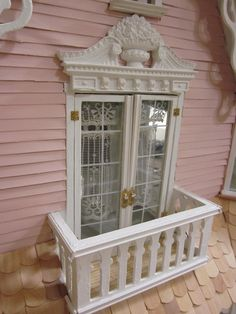 A Dollhouse Miniature  blogspot.com - would love this for a Barbie house