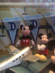 I want that banner. Disneyland 60th, 60th Anniversary, Disney Magic, Celebration, Banner, Disney Princess, Diamond, Vintage, Banner Stands