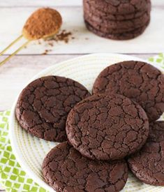 youve got the best of both worlds in these gluten free vegan brownie cookies fudgy brownies in a chewy chocolate cookie what could be better than thatNEW recipe on the bloghttpwwwsarahbakesgfreecomglutenfreeveganbrowniecookieshtml