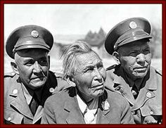 "In President Ronald Reagan gave Native American ""Code Talkers"" a Certificate of Recognition and declared August 14 ""Navajo Code Talkers Day. Native American Photos, Native American History, Native American Indians, American Symbols, Navajo, American Code, Code Talker, Native Indian, Native Art"