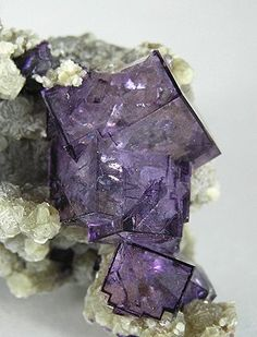 Fluorite: comes in colors, yellow, violet, green as well as rainbow colored. The rainbow fluorite combines the healing properties of almost all other healing stones. According to folklore, it is the home of rainbows. It gradually removes pain when placed on the effected area. It symbolizes responsibility and obedience. Fluorite is linked to Scorpio, Aquarius, and Pisces.