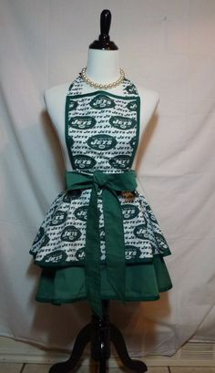 super cute NY Jets apron