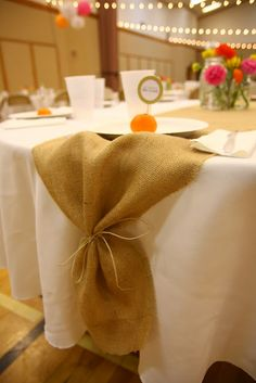 White table cloths with Burlap runners