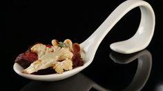 Onglet mit Blumenkohlpüree, Rotweinsauce und Pinienkernen - The Taste - Sat.1