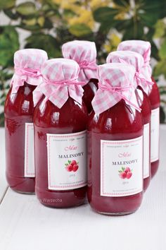 Wiem co jem - Mus malinowy Drink List, Creative Food Art, Christmas Food Gifts, Polish Recipes, Canning Recipes, My Favorite Food, Mousse, Food To Make, Raspberry