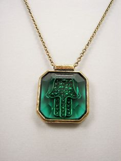 Lucky Brand Hamsa Hand Green Stone Gold ToneNecklace MSRP $35 #LuckyBrand #Pendant Only $26.99 with free shipping!