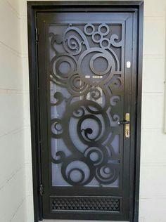 Steel Gate Design, Main Gate Design, Door Gate Design, House Gate Design, Modern Exterior Doors, Wood Exterior Door, Modern Door, Iron Front Door, Grill Door Design