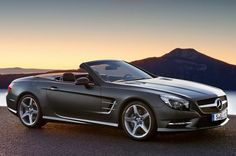 A Look Back at the 2013 #Mercedes SL #Roadster http://www.benzinsider.com/2011/12/another-leak-official-photos-of-the-2013-mercedes-sl-roadster/